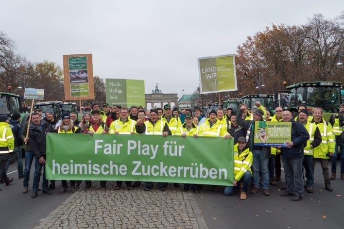 Bauerndemo Berlin Fair Play für die Rübe